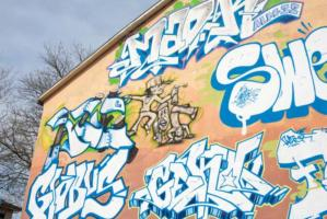 034-graffiti-am-haus-01-vb