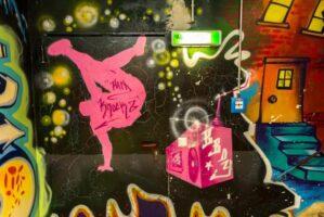 140-graffiti-im-haus-ms