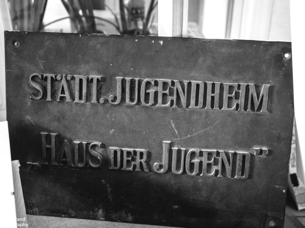 """Interpretationen vom """"alten"""" Haus der Jugend""""!"""